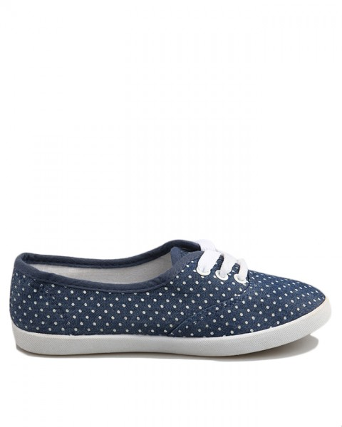 children-sneakers-with-polka-dot-design-651-771472607.jpg