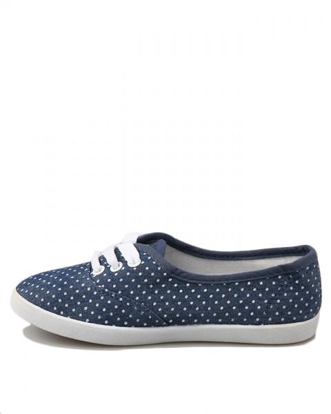 children-sneakers-with-polka-dot-design-651-928357416.jpg